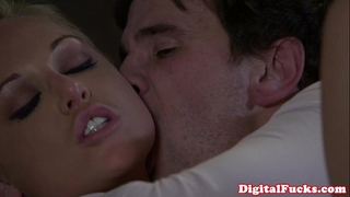 Blonde porn chick kayden kross facialized