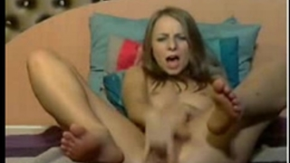 Girl fingers her bawdy cleft 'til this babe squirts part two