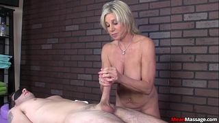 Meanmassage-awesome master tugjob