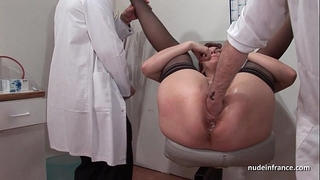 French squirt redhead butt inspected doublefist drilled at the gyneco