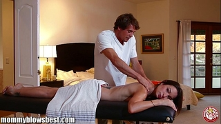 Mommybb amber rayne's impure massage ends in a fucking session
