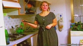 Housewife orall-service from the 1950's!