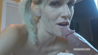 Blonde milf jolene takes some shlong and acquires a creampie