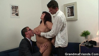 Huge titted doxy takes 2 weenies after photosession